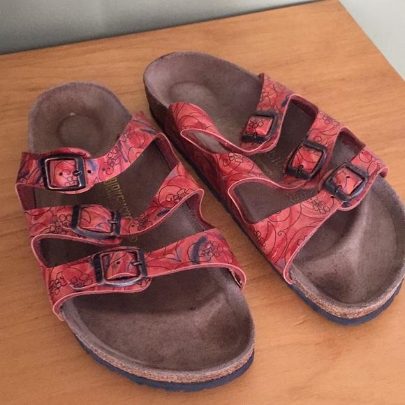 9714307ce3e Birkenstock Shoes - Birkenstock Hawaii Garcia Size 39